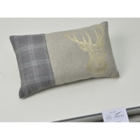 Coussin cerf or