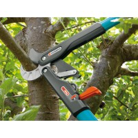 Coupe branches smartcut comfort gardena