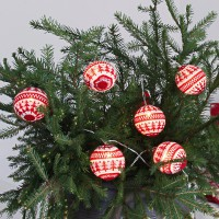 Guirlande led rouge-blanc knitted balls